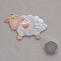 Sheep scissor sitter or pin